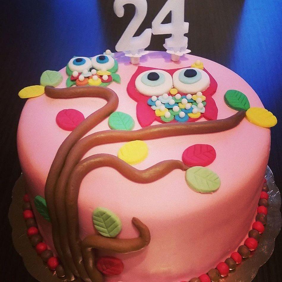 My beautiful cake. Birthdaycake Owls Sweet24 Pink Cakeoftheday Love Friends MyPresentFromASpecialFriend