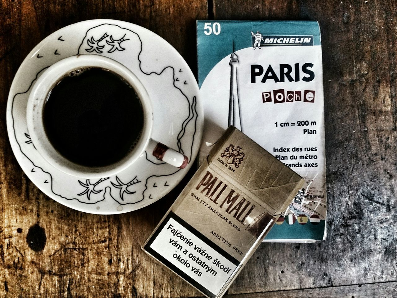 Relaxing Taking Photos Hi! Paris Hello World Deathbycoffee Coffee And Cigarettes
