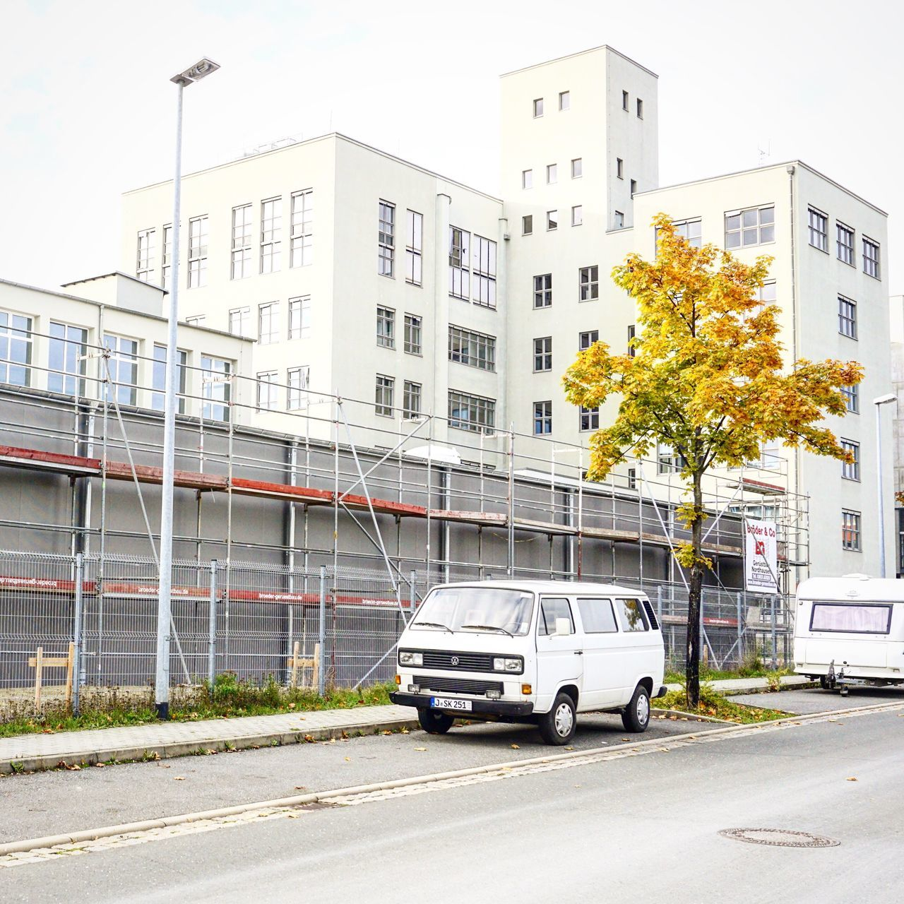TakeoverContrast Jena Volkswagen Bulli Architecture Architecture_collection Fall Fall Colors Fall Beauty Autumn Autumn Leaves Autumn Colors