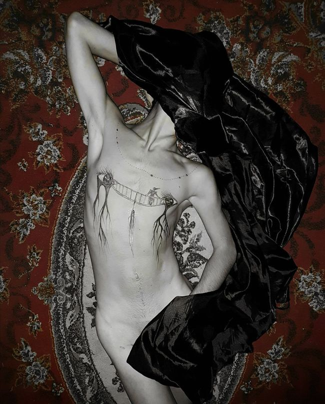 One Person Bodyart Body Part Bodypainting Body And Soul Bodypaint Mobile Photography Naked_art Nakedmen Nakedhuman