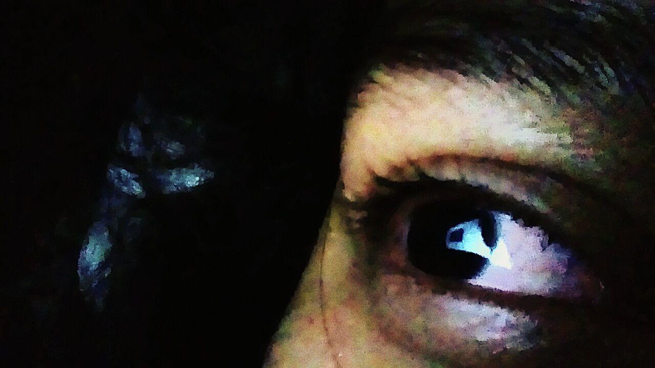 one person, real people, human body part, human eye, sensory perception, eyelash, eyeball, close-up, outdoors, eyesight, day, people