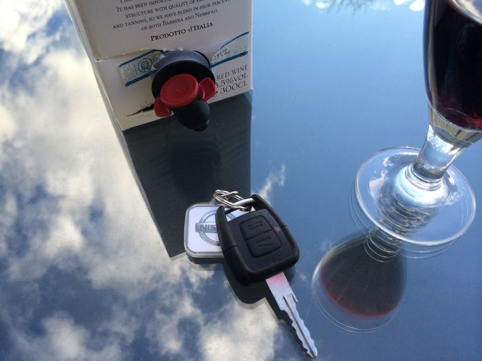 don't drink and drive Alcohol Alcoholism Car Car Key Close-up Drink And Drive Drunk Driving  Drunken Driving Key No People Wine Wine Box Wineglass