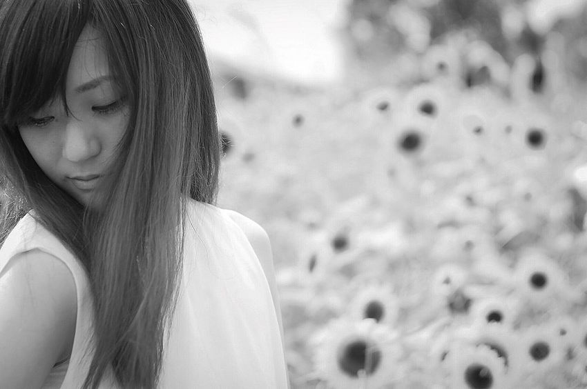 Portrait Of A Friend Portrait Of A Woman EyeEm Best Shots - People + Portrait Woman Girl Blackandwhite Monochrome EyeEm Best Shots - Black + White Innocence Memories Memories Of Summer EyeEm Best Shots EyeEm Gallery EyeEmBestPics Eye4photography  …夏の思い出…なんて言って、しれっと夏の写真をpostしてみる…ニヒ♡