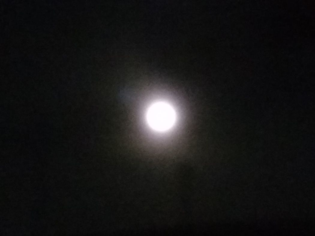 Night Moon No People Sky Astronomy Outdoors Myst Space Mobile Photography Taking Photos Shadows & Lights Smartphone Motog3 No Edition Super Moon Super Moon 2016 Early Night Moon Mother Nature Is Amazing Zoom In Max Zoom Nature