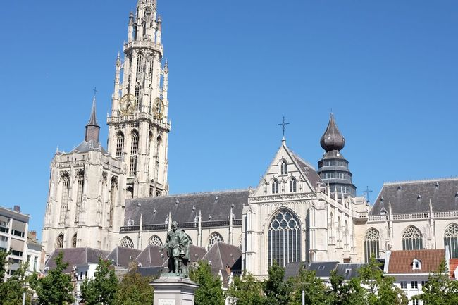 Groenplaats Antwerpen Antwerp Antwerp, Belgium Cathedral Cityscape City View  Church Cathedral In Antwerp View Old Architecture Architecture Old Building  Sculpture Touristic Touristic Destination Tourism Summertime Summer In The City Medieval
