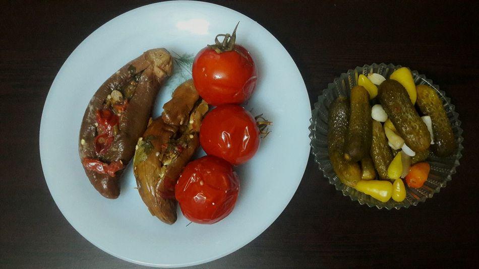 Turşu Plate Healthy Eating Red No People Ready-to-eat Food Pickles Kornişon Sarımsak Domates Patlıcan Ilginc Turşu Candır👍 Fastfood Snack Time! Biberturşusu Böylesi Karnıyarık Handmade