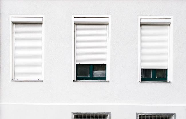 Whiteclosedopen Architecture Backgrounds Building Exterior Built Structure Cityexplorer Exterior From My Point Of View HuaweiP9 Minimal Minimalism Minimalist Minimalistic Minimalobsession No People Reduced To The Max Shutter Simplicity Surfaces And Textures Symmetrical Urban Geometry Urbanphotography White Color Windows