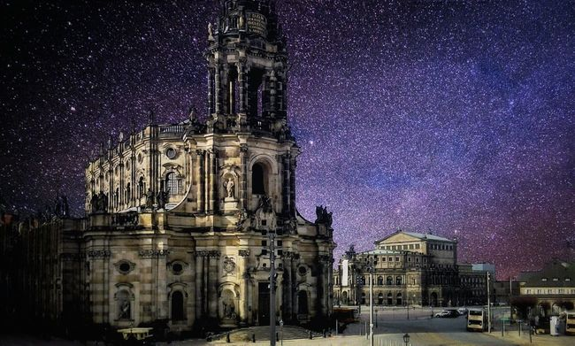 stars Europe Mobile Photography Snapseed Mobilephotography No Person Streetphotography Street Photography Architecture Street Germany Dresden Deutschland Stars Sky