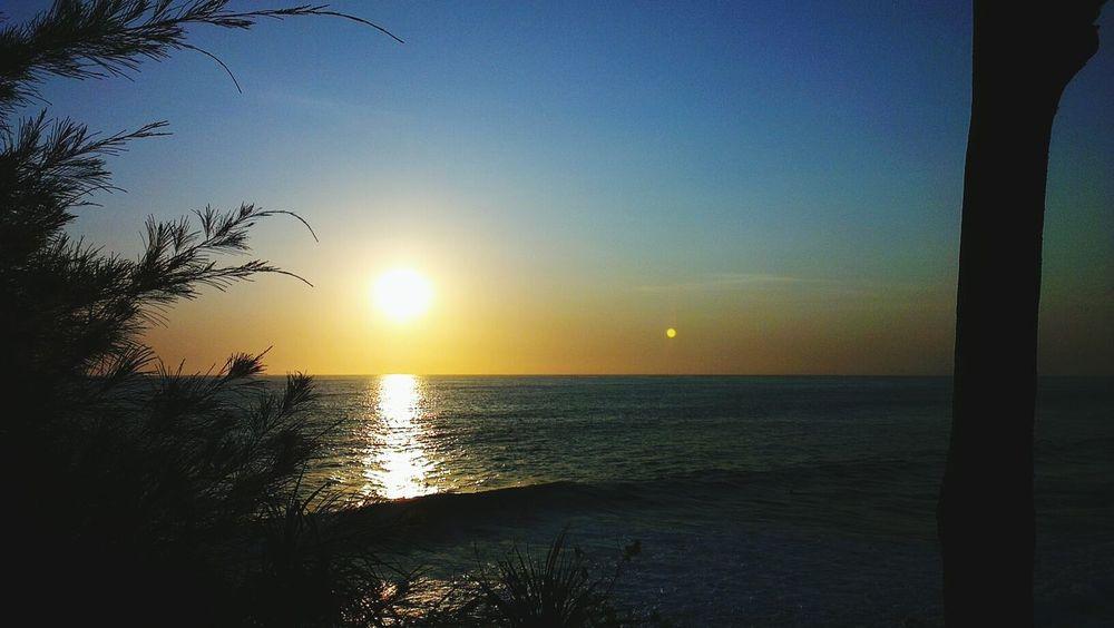 Sunset Silhouettes Enjoying The Sun Sunshine Sunset_collection