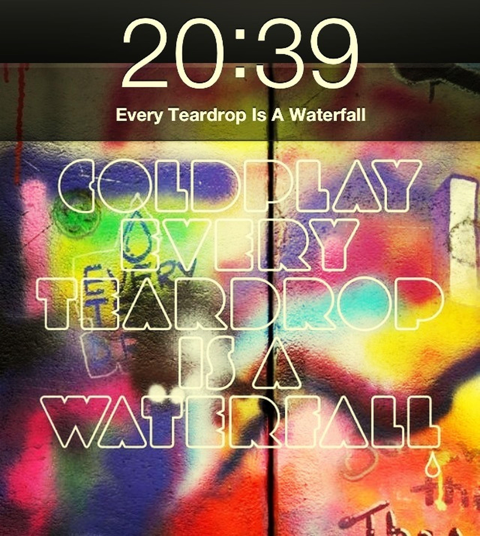 Walking My Favorite Song :-3