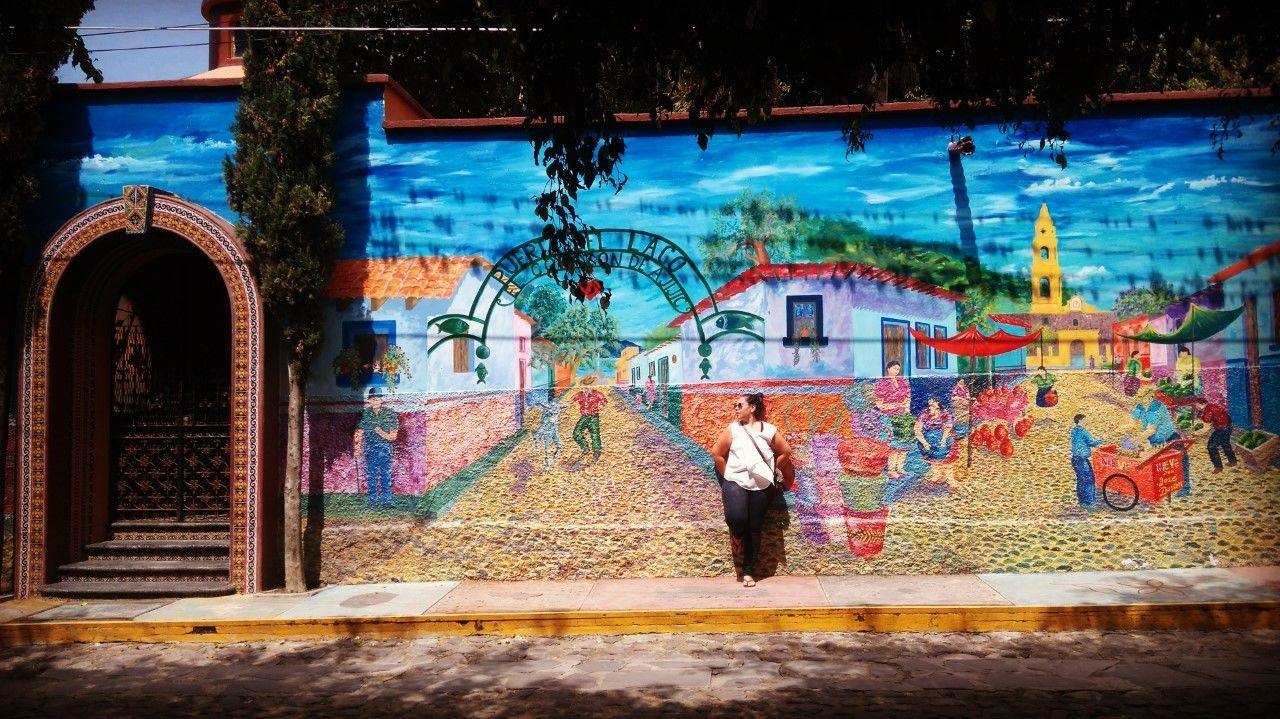 Ajijic Architecture Backpacker Backpacking Built Structure Colors Day Daydreaming Landscape Mexico Mochileromx  Multi Colored Nature One Person Outdoors Painting Real People Streetphotography Travel Destinations Traveling Travelling Tree Viajar Viaje World