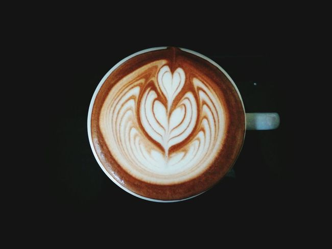 Cappuccino Coffee - Drink Froth Art Coffee Cup Latte Coffee Latte Art Latteart Table Latte Macchiato Cup Latte Latteartist Drink Food High Angle View Food And Drink Frothy Drink Latte Art Lover Design Creativity Beverage Cafe Healthy Eating Refreshment