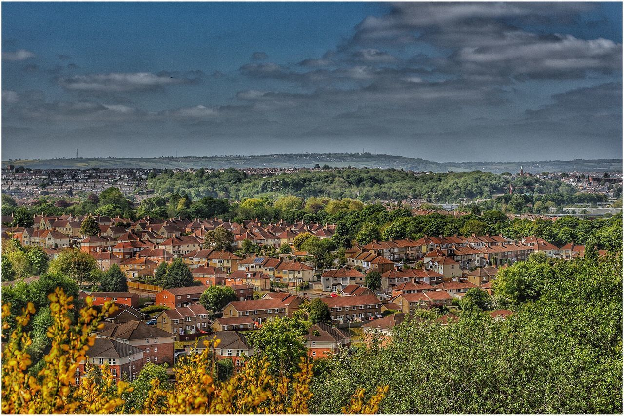 Beautiful Bristol view from Troopers Hill High Angle View Tree Sky No People Architecture Outdoors Day Building Exterior Beauty In Nature Cloud - Sky Nature Roof Travel Destinations Cityscape Hdr_pics Hdrphotography Hdr Edit HDR Freshness Bristol 3XSPUnity Blue Scenics Beauty In Nature