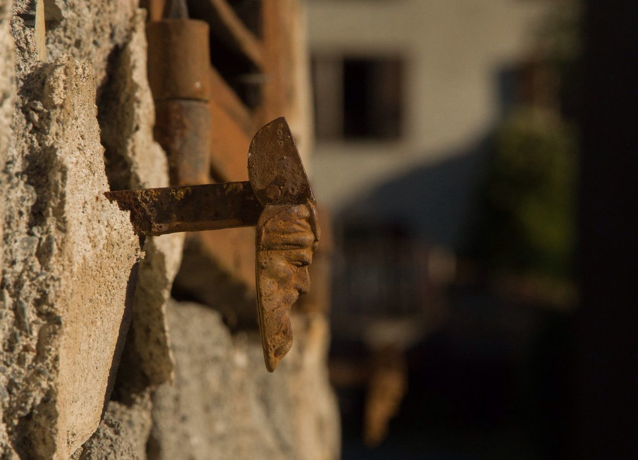 Metal Rusty No People Close-up Focus On Foreground Architecture Built Structure Abandoned Outdoors Day Building Exterior