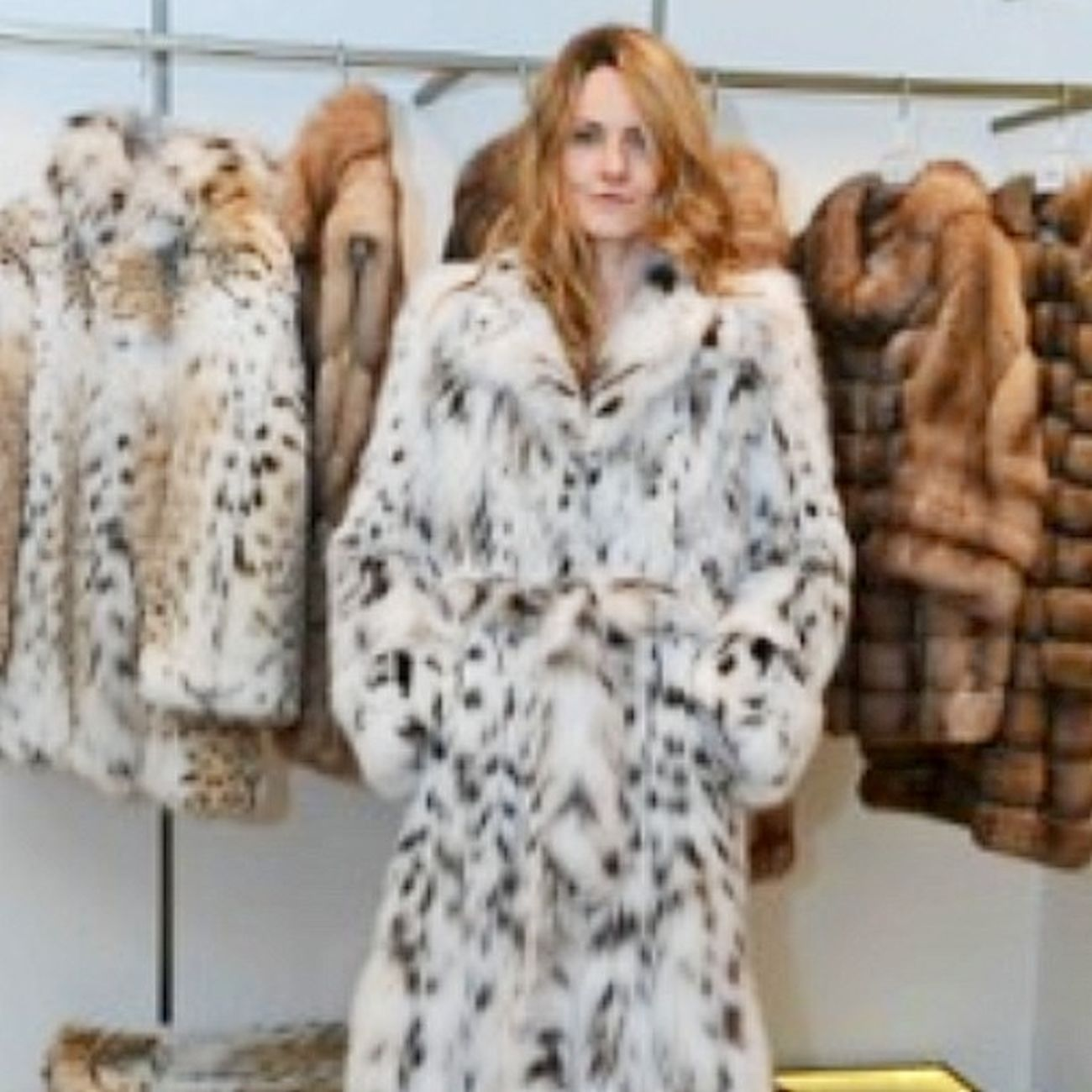 Ekaterina Mukhina, Fashion Editor Stylist at Daniel Benjamin Geneva in Moscow. Ekaterinamukhina Danielbenjamingeneva Danielbenjamin Moscow Russia Geneva Switzerland Astana Kazakhstan fur lynx fashioneditor luxury fashion @ekaterinamukhina @danielbenjamingeneva