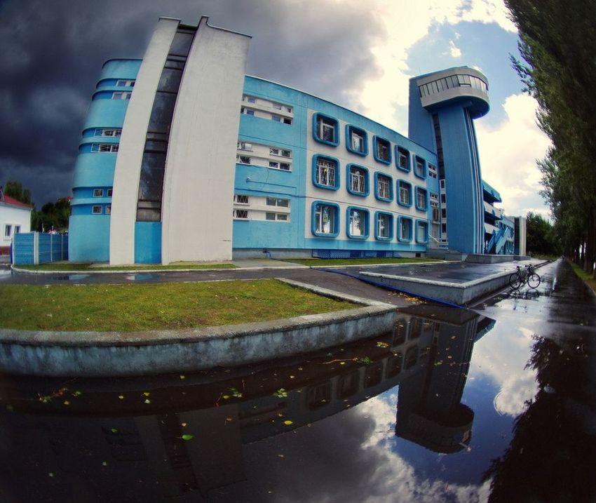 Пасмурно Water Built Structure Modern Nature Flower City Mazyr