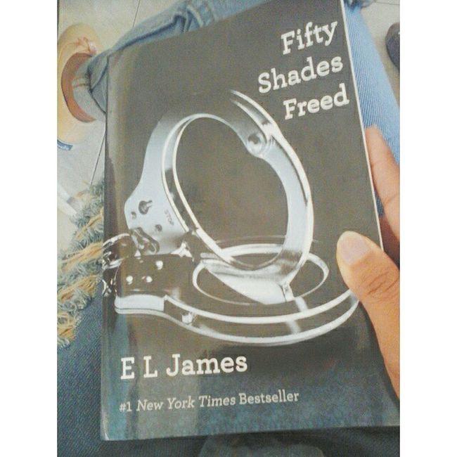 oww 😱😱 FiftyShadesFreed BookIII of FiftyShadesOfGrey Fsf