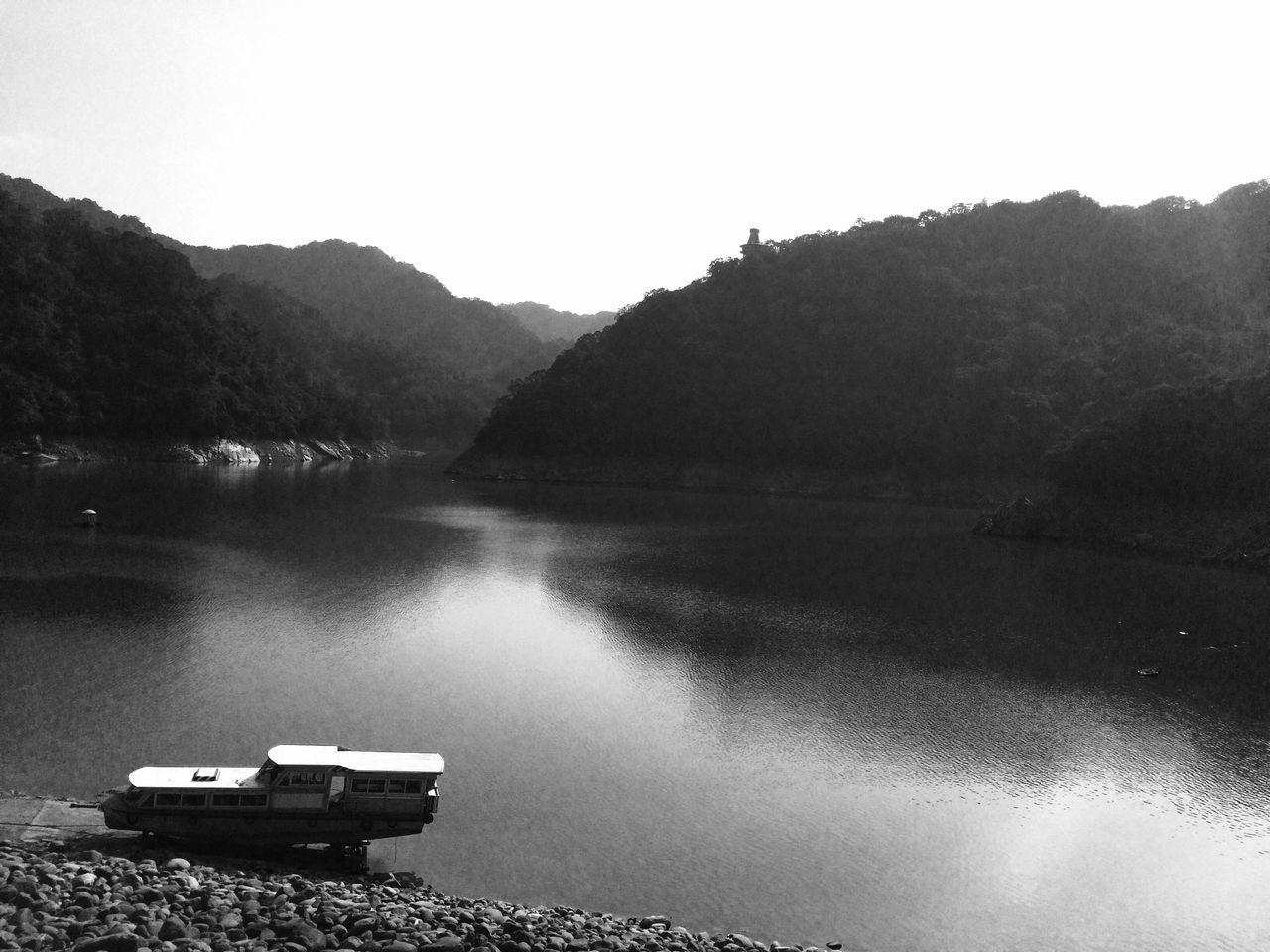 Inkandwash Ink Blackandwhite Mountains Water_collection Taiwan EyeEm Nature Lover Zen Oriental Getting Inspired