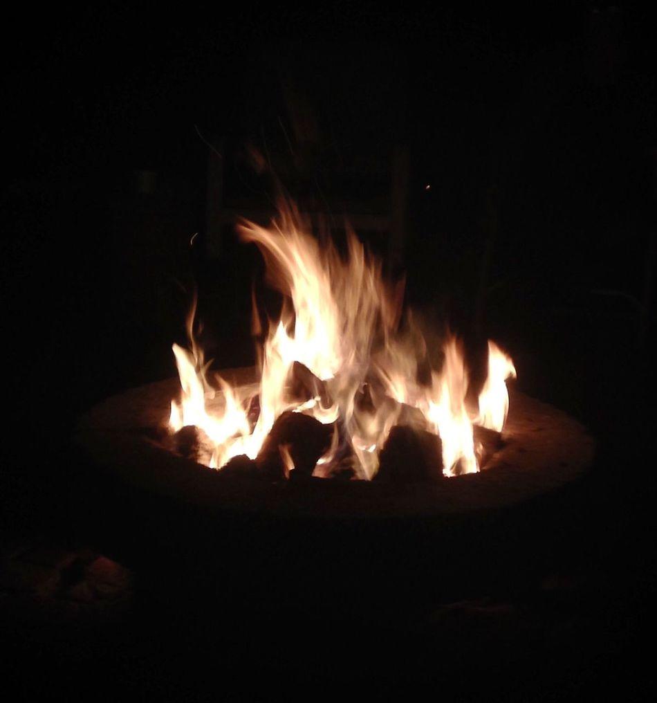 Flames Heat - Temperature Night Burning No People Close-up Outdoors Fire Pit Motion Illuminated Eyeem Collection Wood Burning Fire EyeEm Gallery Eyeem Market EyeEm Florida Hot Welcome To Black