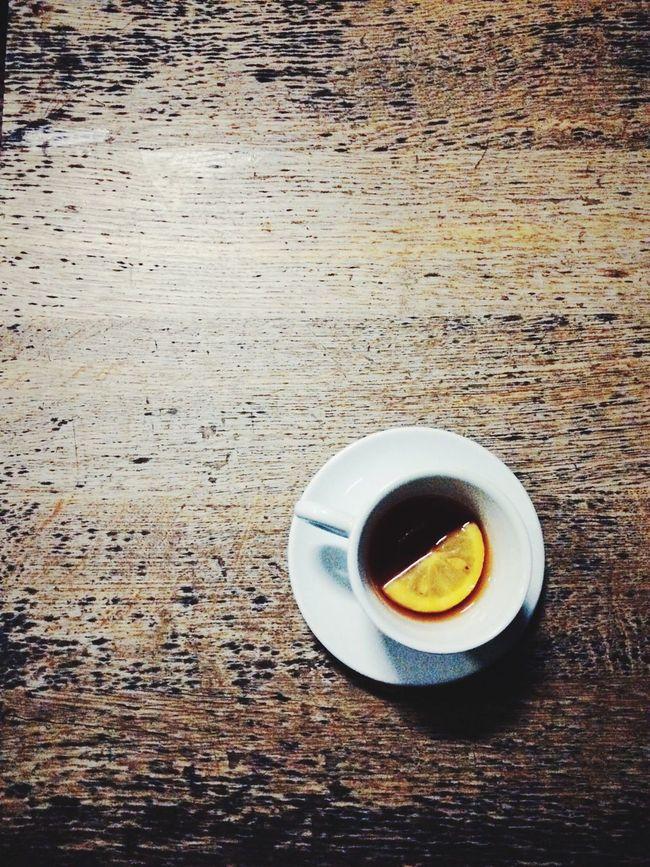 Blacktea Citron Woodtable