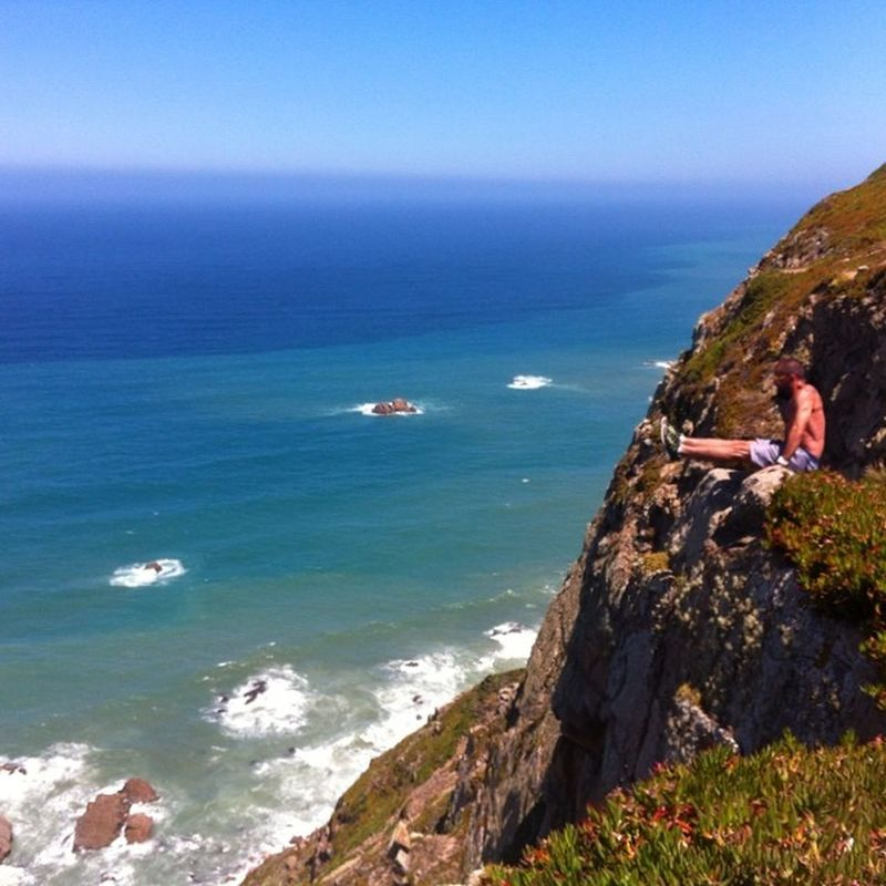 L-Sit at the Western point of Continent Cabodaroca Portugal Lsit Latergram Ibarz Igerskiev Igukraine Ilovebarz Igportugal Iphoneonly Streetworkout Westernpoint Workout Barathlete Barbrothers Madbarz The Great Outdoors - 2016 EyeEm Awards People And Places