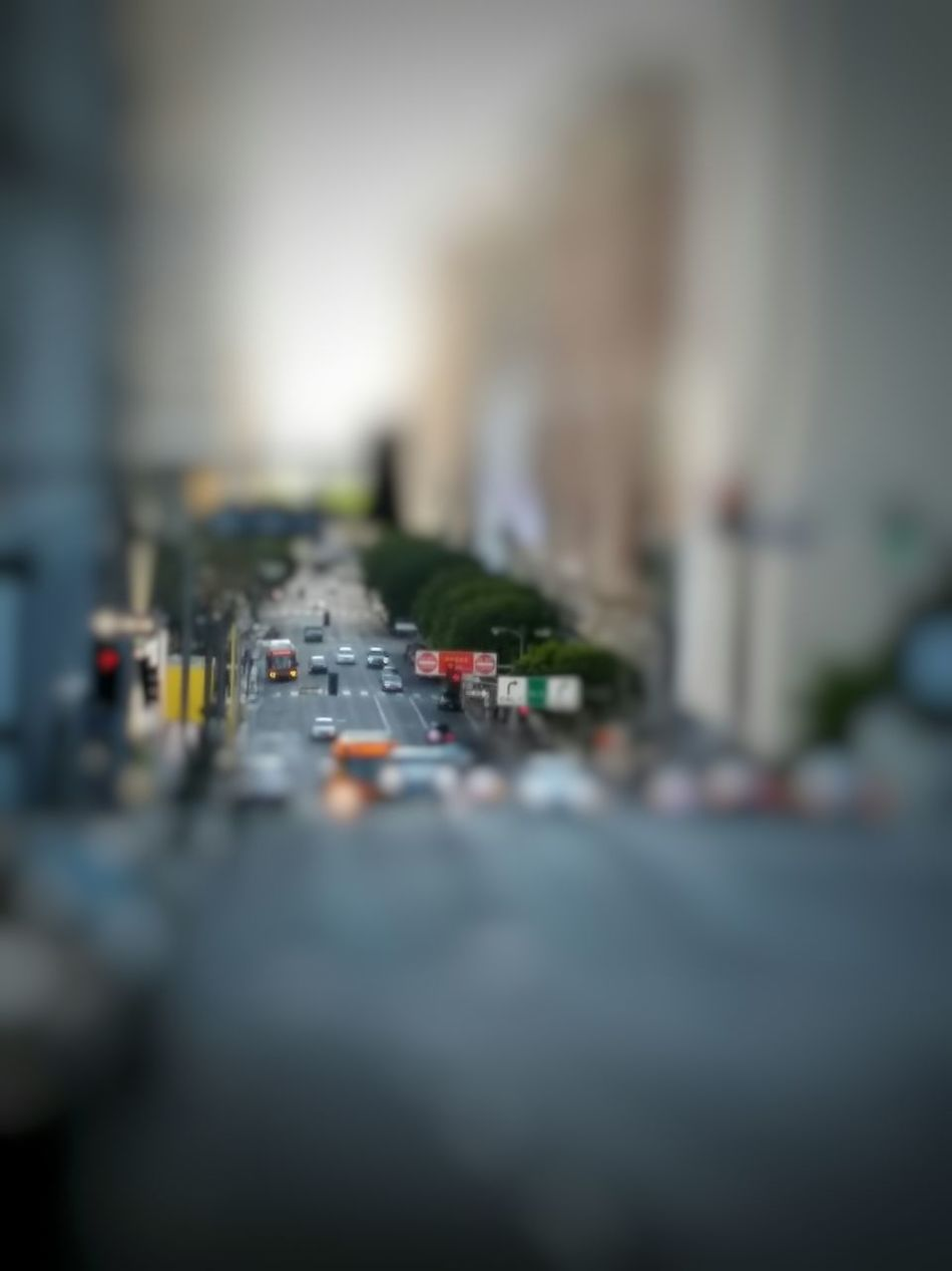 This is the other edit of a picture I just uploaded, the original having been uploaded a few days ago, of Olive St. and 4th St. in Downtown Los Angeles . I applied a Blur effect to simulate Tilt And Shift , a fascinating result when given the right angle and distance, makes the subject of your picture look like you've just shot a tabletop miniature. This is the second of a couple different options for a tilt and shift image from the original and the pissibilities it presented. Tiltshift Tilt-shift Tilt Shift Effect Tilt Shift Tiltandshift Tilt Shift Tilt And Shift Tilt&Shift