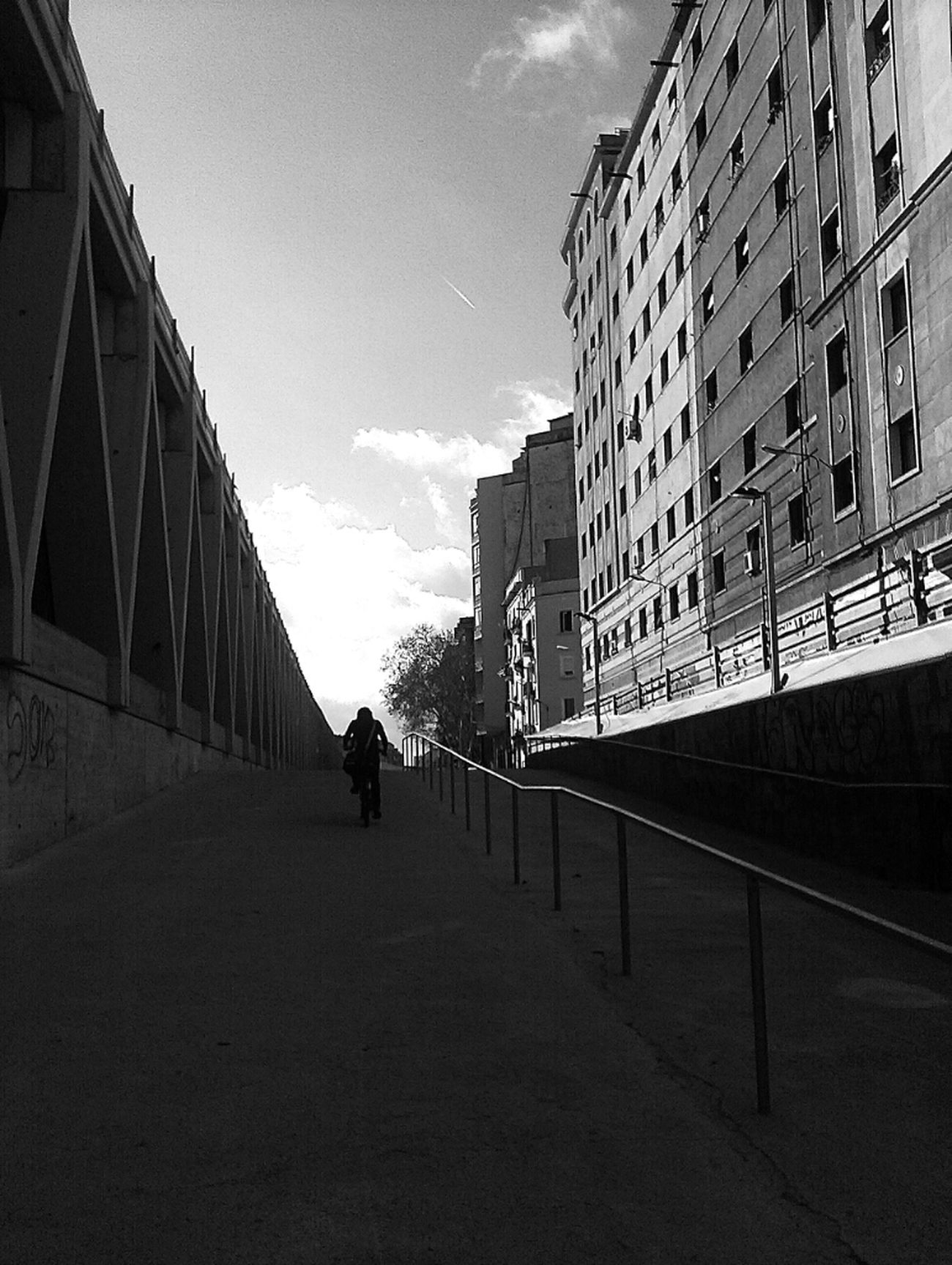 Street Streetphotography Blackandwhite Street Photography Street Life Barcelona Streetphoto_bw Bw_collection
