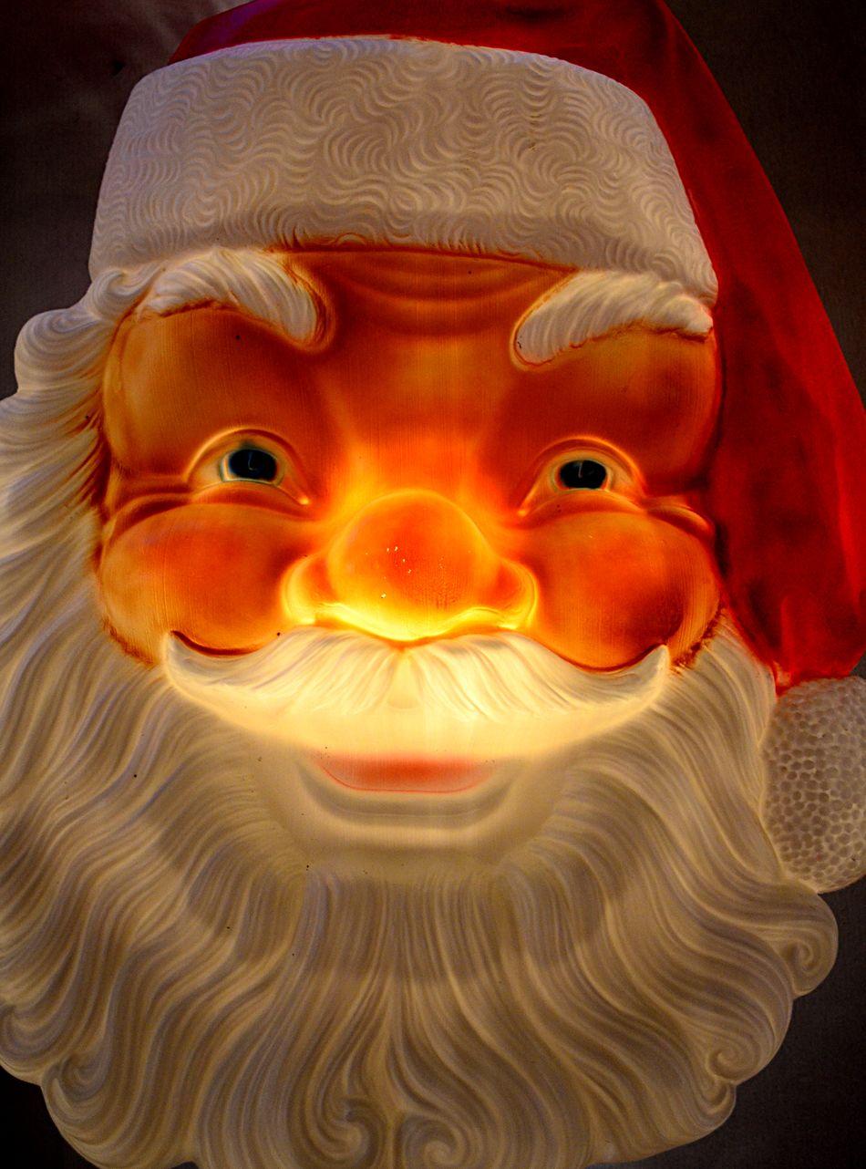 Santa face lit up Christmas Close-up Face Jolly Lit Pjpink Plastic Christmas Figures Santa Santa Claus