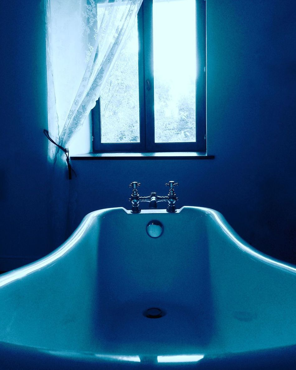 Beautiful deep bath to sink into while looking out to the woods. Domestic Bathroom Bathroom Indoors  Domestic Room No People Faucet Day Blue Blackandwhite Black & White Tranquility Tranquil Scene Escape Peace And Quiet Tap Faucets