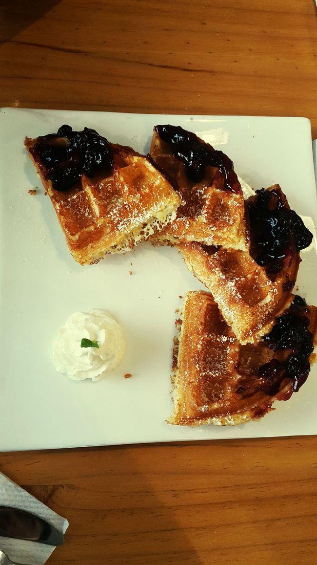 Cafe Latte Wafflehouse