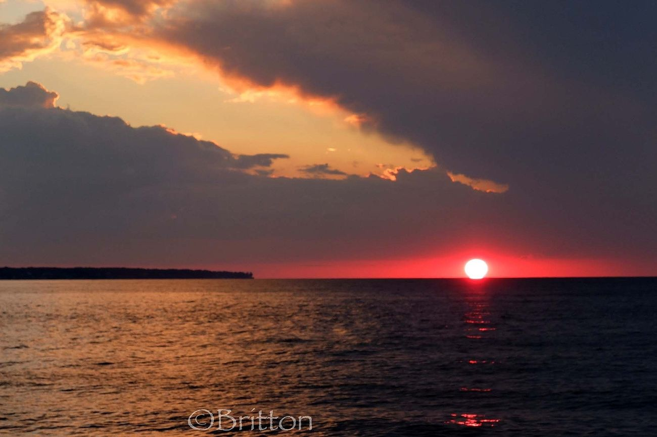 Tonight's Beautiful Sunset_collection on Lake Erie Water_collection Sky_collection