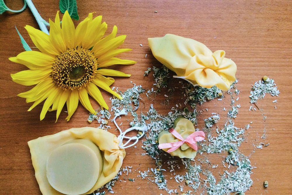 Soap with chamomile Soap Chamomile Sunflower Natural Naturelovers Colorful Have A Nice Day♥ Made In Romania Skin Soap&Skin Hygiene Clean Homemade Handmade Soapmaking Colors Colour Of Life