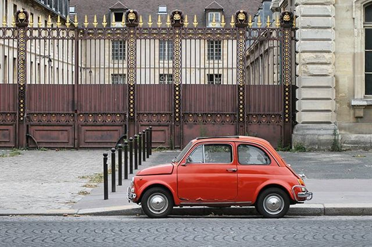 Tuesday-Carpic 😏 Paris Topparisphoto Car Oldcar SWAAAG Contrast Instagood Red City Cute ❤ Postcardsfromtheworld Ig_captures Hunters_united Igersparis Mytravelgram Ngtravelstories Traveler_stories Global_family Worldtourists Canon_photos Ig_superstarz Top_masters Igmasters 😚