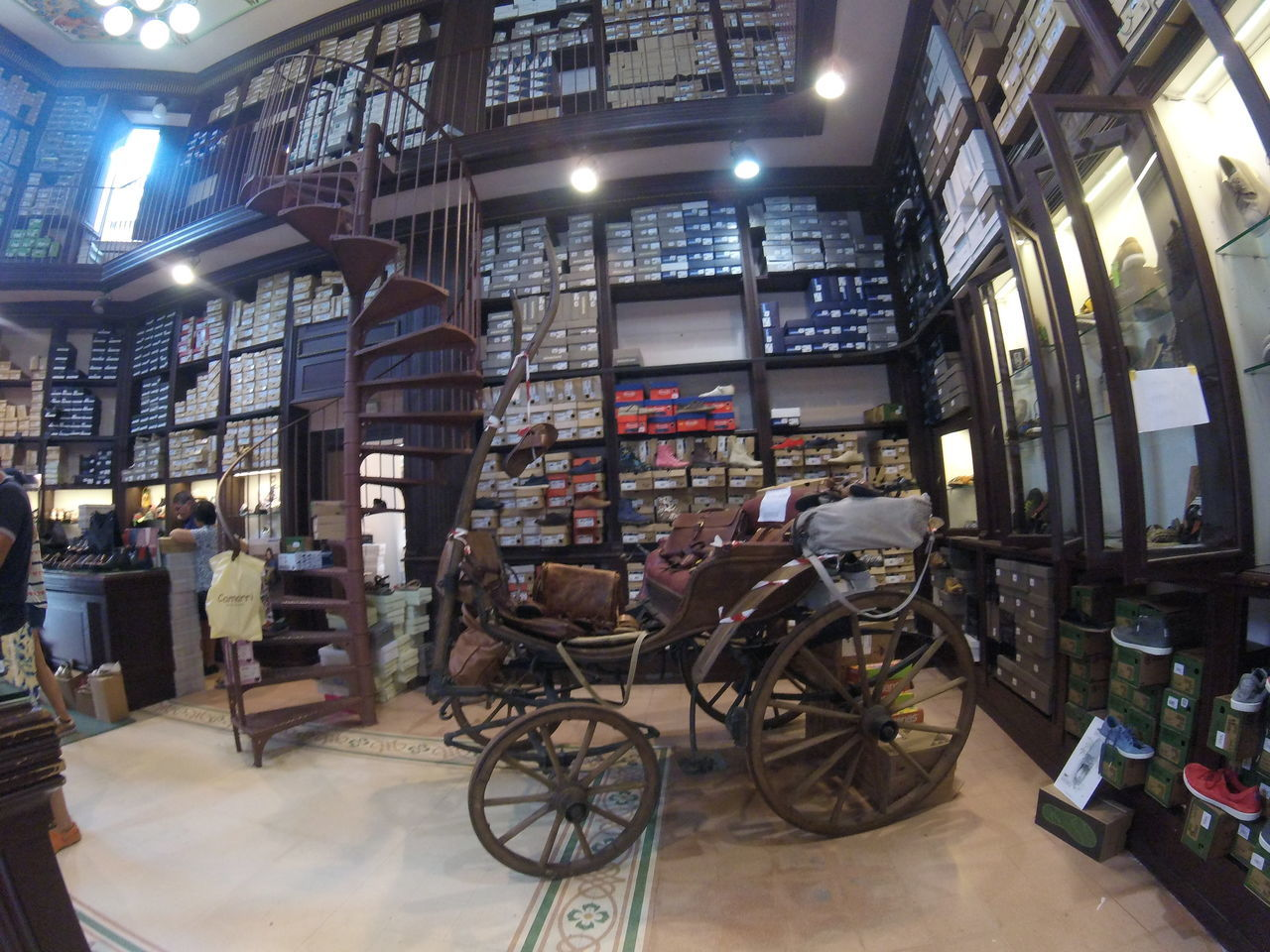 Architecture Indoors  Library Modern No People Old Shop Old-fashioned Shoes Shop Toscana