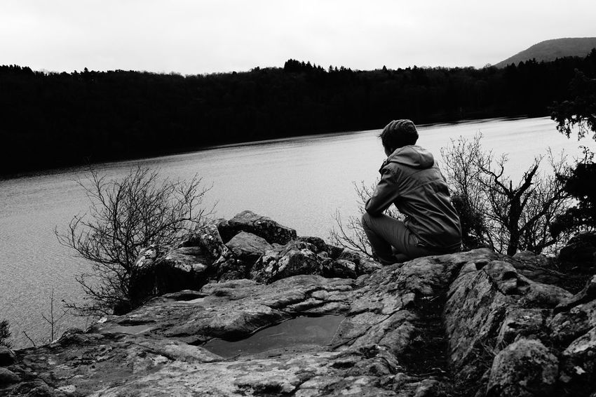 One Person Sky Water Lonely Lonely Wanderer Lake Winter Afternoon Black And White Black & White Gour De Tazenat ThatsMe Auvergne Lonely Woman Lost In The Landscape
