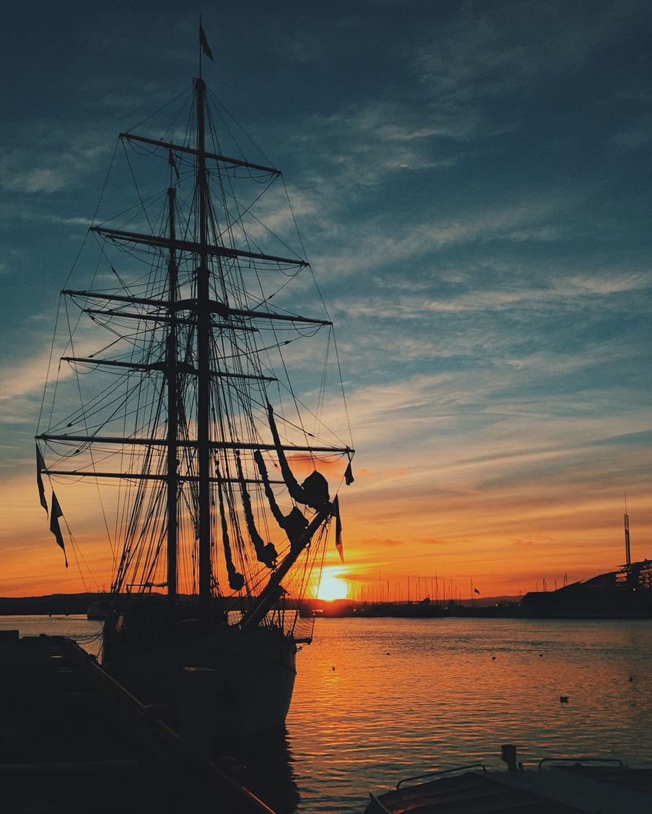 Painted sunset • Sky Sunset Sunset_collection Sunset Silhouettes Sunlight Fjord Oslo Sailing Boat
