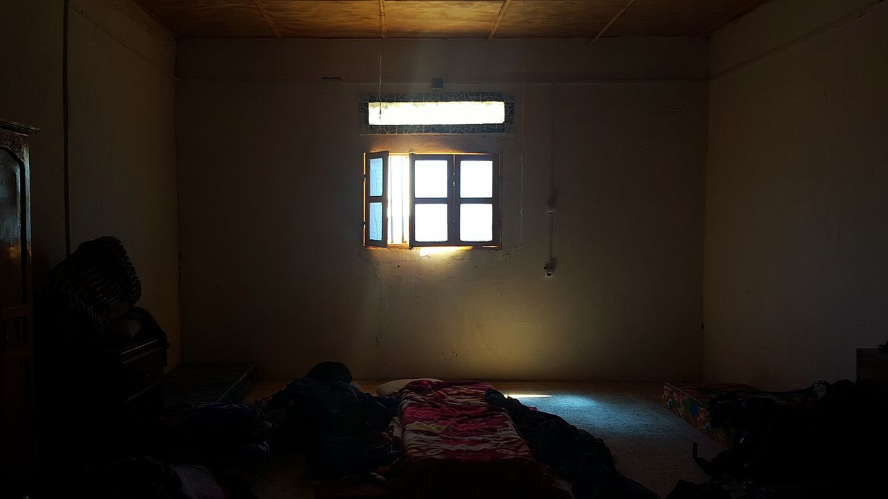 window, indoors, real people, bed, one person, day, architecture, bedroom, people