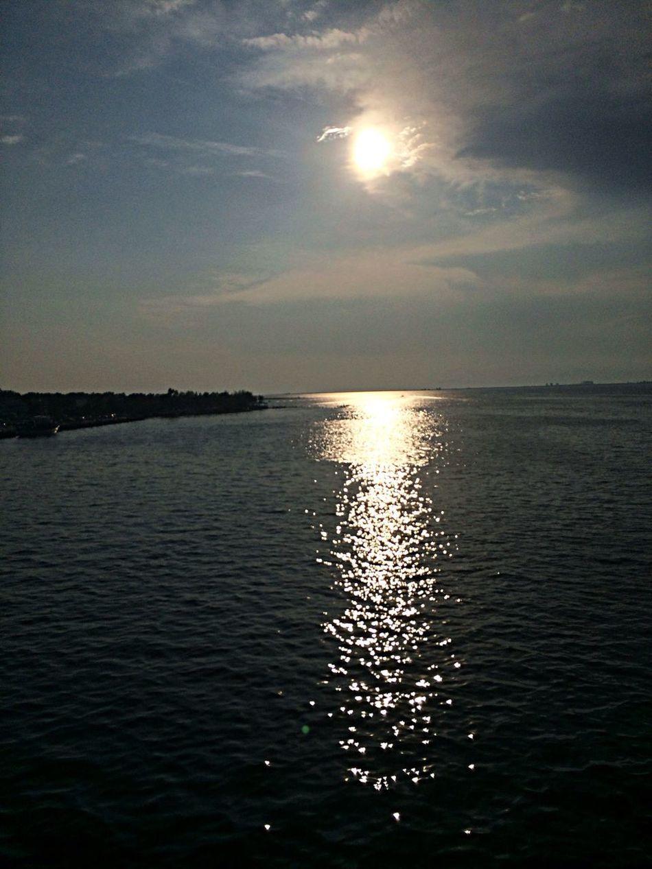Sun Ferry Sea Sick Taking Photos