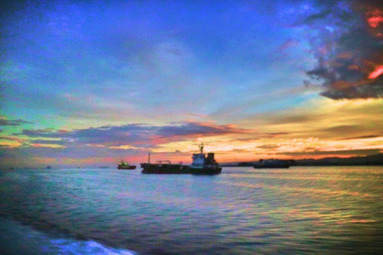 Sunset Marahari Sea Cloud - Sky Water Nautical Vessel Sky Transportation Outdoors Nature Silhouette Mode Of Transport Tranquility Waterfront Beauty In Nature Industry Scenics No People Offshore Platform Oil Industry Day