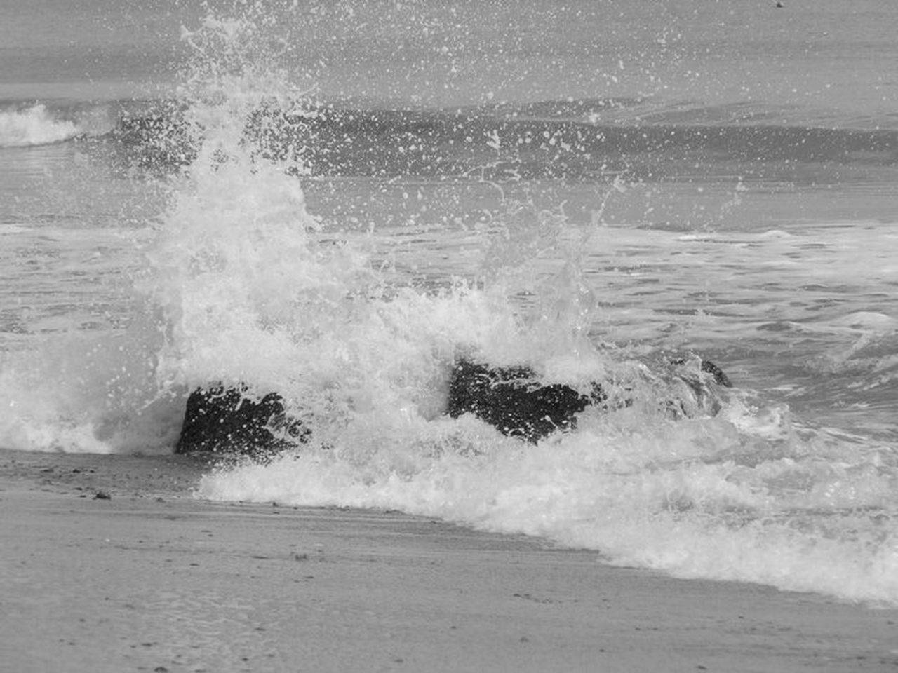 sea, wave, motion, force, power in nature, crash, breaking, hitting, shore, rough, water, no people, nature, beach, beauty in nature, horizon over water, risk, day, outdoors