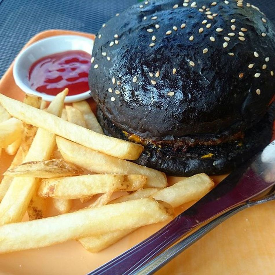 After the mini get together last Sept 6.. We tried to taste this Blackburger Crentop Quarterpounder with Free Iced Tea cost 68.00pesos and Fries for 20.00pesos from crentopsnackhaus The Patty was good.. Food Coloring makes the Bread Black.. It was nice to try this burger however it was a bit Sour because of the Mustard and Pickles.. I suggest that instead of mustard,it would be great if it's Cheese or Cheese Spread/Sauce... 😃 For More Yummy and Trips Photos kindly follow @iamjammin,i'll follow back! 😉 Pinoyigers FrenchFries Food Foodies Foodshot Foodgasm Foodgram Instafood foodphotography foodtography iamjammin