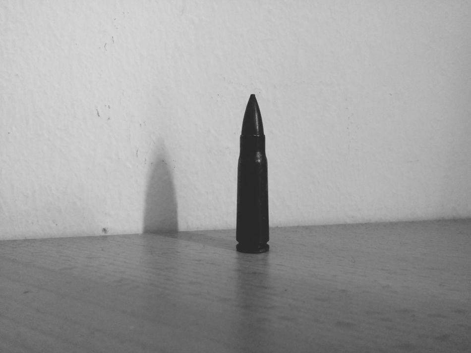 Black bullet Black And White Black White Bullet Bullets AK 47 Weapon Never Use It Bleah!😦😧😮