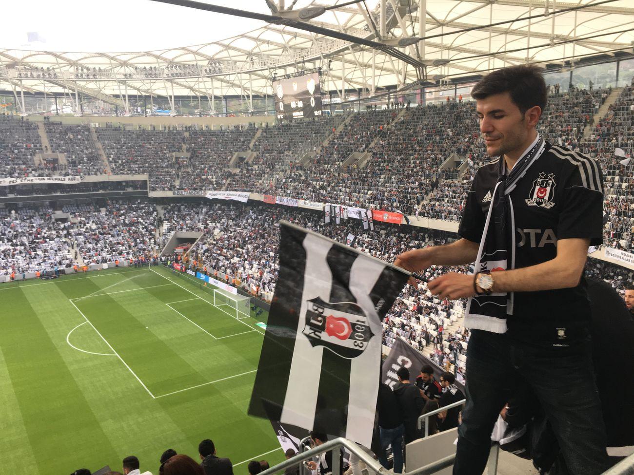Siyahbeyaz Beşiktaş ❤ VodafoneArena Soccer Goal Game Team Hello World Hi!