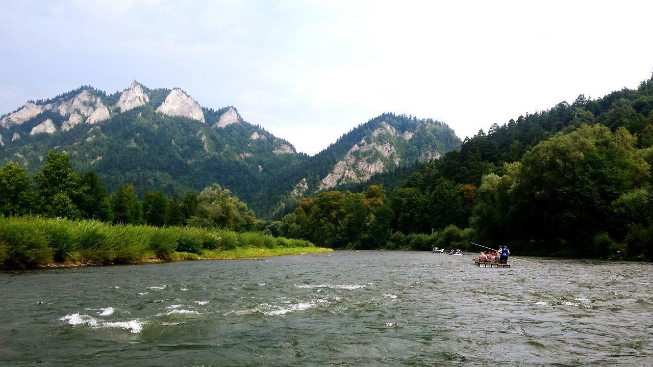 Spływdunajcem Kajak OnTheBoat Coldriver River Mountines Sokolica Polskiegóry