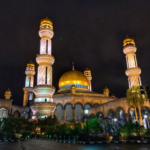 Jame Asr Hassanal Bolkiah Mosque Dome Architecture Religion Place Of Worship Built Structure Spirituality Night Illuminated Building Exterior History Low Angle View Travel Destinations Outdoors Sky No People