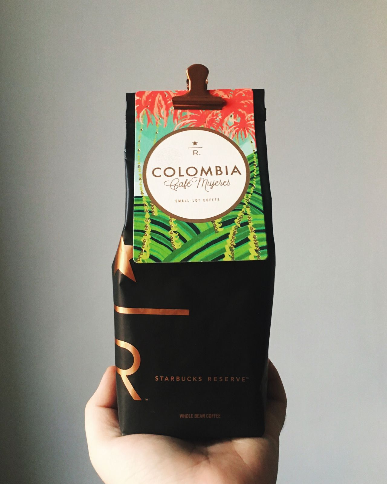 Reserve coffees are my favorite addiction. Human Hand Human Body Part Real People Close-up Text Holding One Person Time Indoors  White Background Day Coffee Starbucks Starbucks Reserve Reserve Blend Columbia Cafe Mujeres