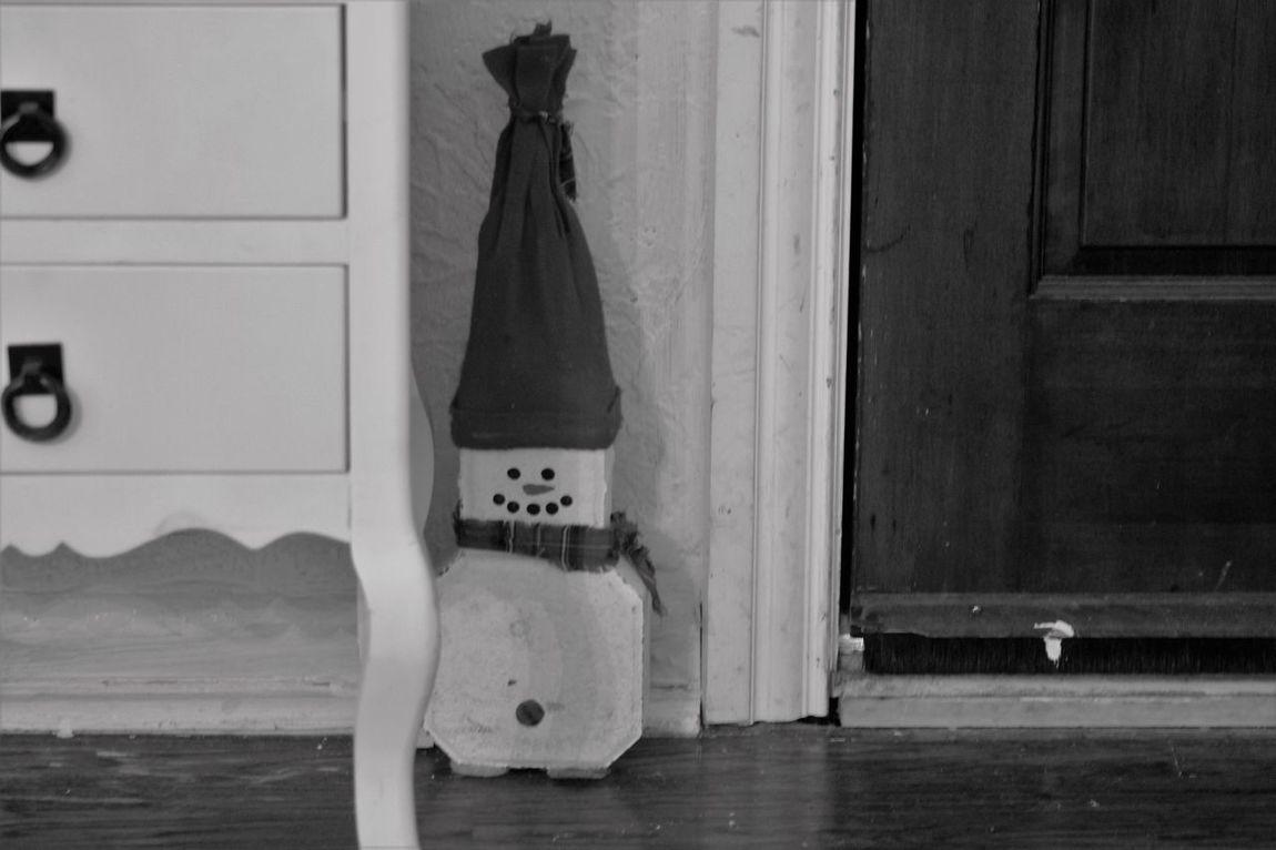 Black & White Blackandwhite Blackandwhite Photography Blanco & Negro  Christmas Door Door Stopper Monochrome Monochrome _ Collection Monochrome_life Photo Photography Snow Man Window