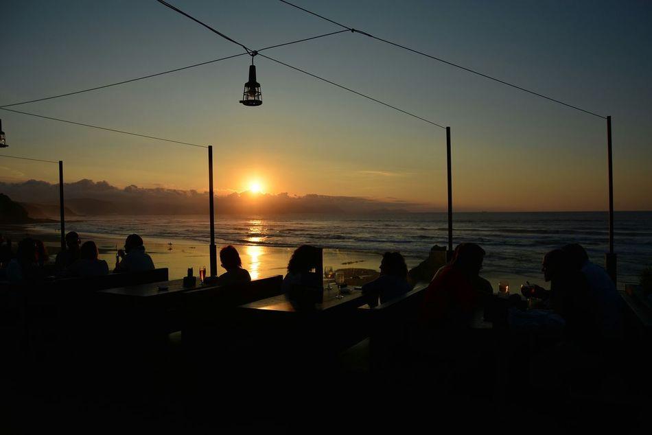 Playa De Sopelana Puesta De Sol El Peñon Atardecer Playa Getxo Sabado Noche