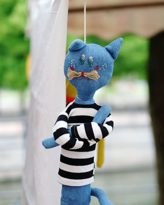 Offended cat is offended. Puppet Cat Cats Fleamarket Flea Markets Flea Market Toys