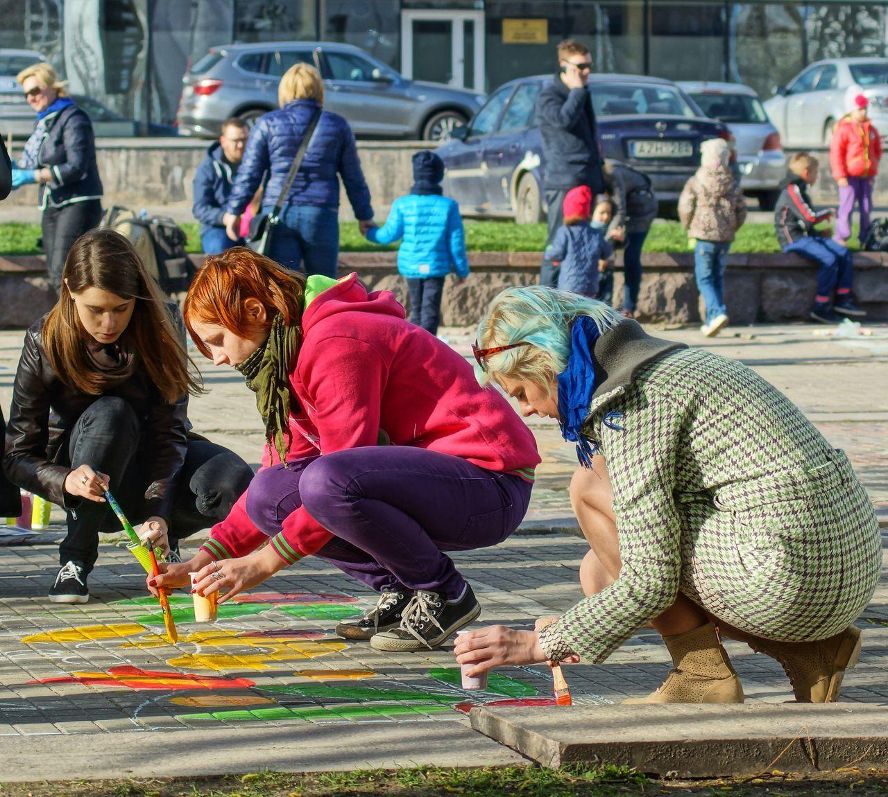 2015  Children Children Playing Kaunas Jazz Kids Kids Having Fun Painting Painting On The Street